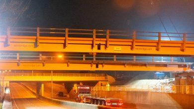 Photo of In beeld: Tijdelijke brug over Ceintuurbaan geplaatst