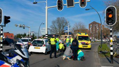 Photo of Fietsers gewond na aanrijding met auto op Pannekoekendijk