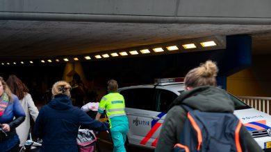 Photo of Fietser raakt gewond in de Van Karnebeektunnel