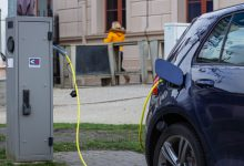Photo of Laadangst belemmert elektrisch rijden, zorg voor meer laadpalen