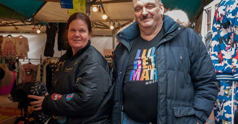 Photo of Marktkoopvrouw Van Diepen zit al dertig jaar in het vak