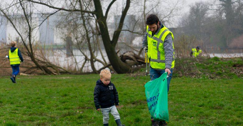 Photo of Zwollenaren aan de slag voor schone straat en natuur
