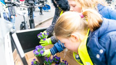 Photo of Schoolkinderen geven aftrap herinrichting Stationsplein