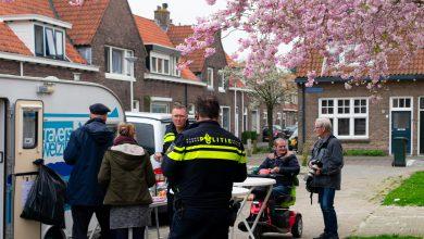 Photo of De verhalenbus strijkt neer in de Zeeheldenbuurt