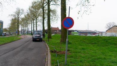 Photo of Hekwerk maakt einde aan bermparkeren bij Industrieweg