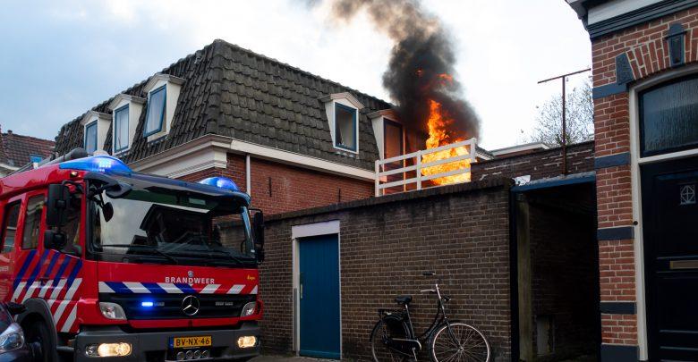 Photo of Uitslaande brand achter woning in Assendorp