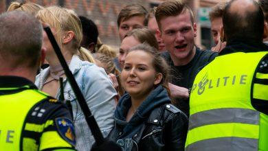 Photo of In beeld: Rellen in Voorstraat dankzij politie