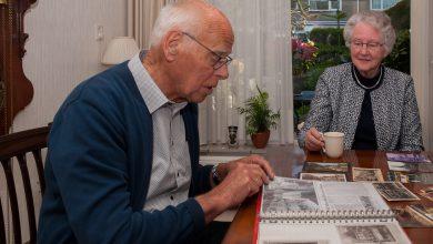 Photo of 'Winkel van Sinkel' van Jülf Albers: een podcast met Joop en Mary Vegter