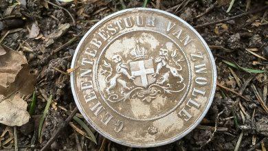Photo of Zwolse medaille gevonden in Rusland