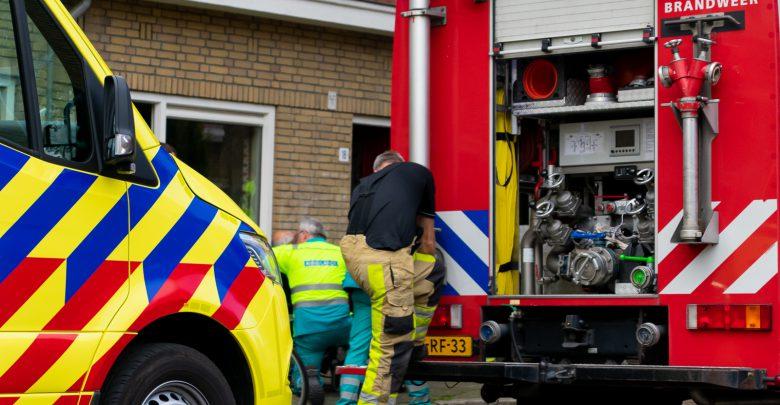 Photo of Voorbijganger haalt slapende man uit woning vol rook in Zeeheldenbuurt