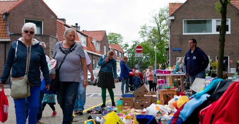 Photo of Struinen op de rommelmarkten Zeeheldenbuurt en Holtenbroek