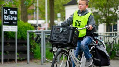 Photo of In beeld: Kinderen doen verkeersexamen in Zwolle-Zuid