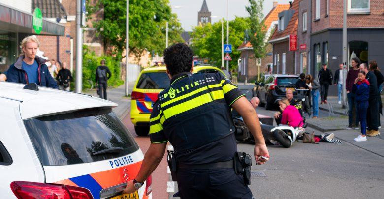 Photo of Maaltijdbezorger lichtgewond bij ongeval Assendorp