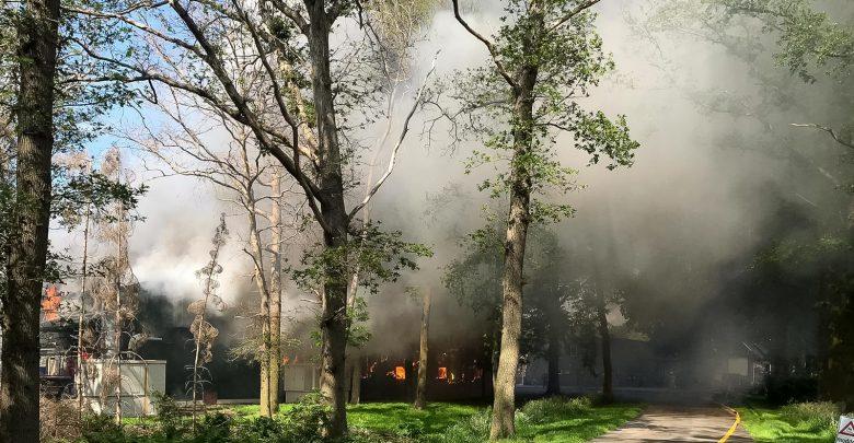 Photo of Zeer grote brand pluimveebedrijf Dalfsen