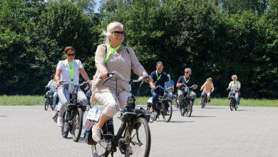 Photo of Solex Toertocht brengt 18.500 euro op voor InterMezzo