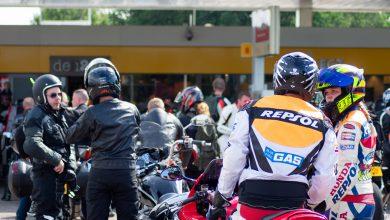 Photo of Uitzwaaien van TT-gangers bij tankstation Haerst Zwolle