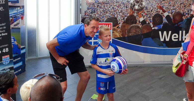 Photo of Diederik Boer keeperstrainer PEC Zwolle Voetbalacademie