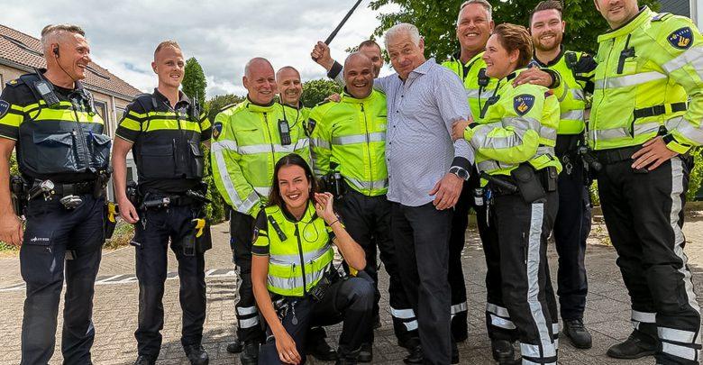 Photo of Piet Kooistra neemt na 30 jaar afscheid van politie Zwolle