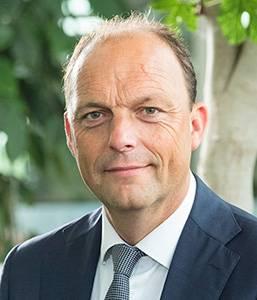 Photo of Burgemeester Snijders positief getest op corona