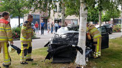 Photo of UPDATE: Auto veroorzaakt ravage Zwolle-Zuid, bestuurder ontregelde diabeet