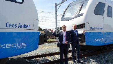 Photo of Blauwnettreinen 'Cees Anker' en 'Bert Boerman' feestelijk onthuld
