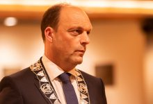 Photo of Burgemeester van Emmen test positief