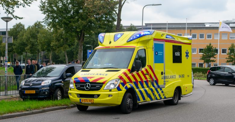 Photo of Fietsster gewond bij aanrijding Zwolle-Zuid