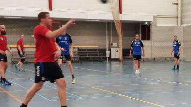 Photo of Handballers Travelbags/HV Zwolle streken thuis de winst op tegen Blauw Wit op de ongebruikelijke zaterdagavond