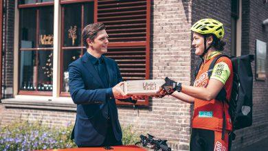 Photo of Librije's Winkel stapt op de fiets