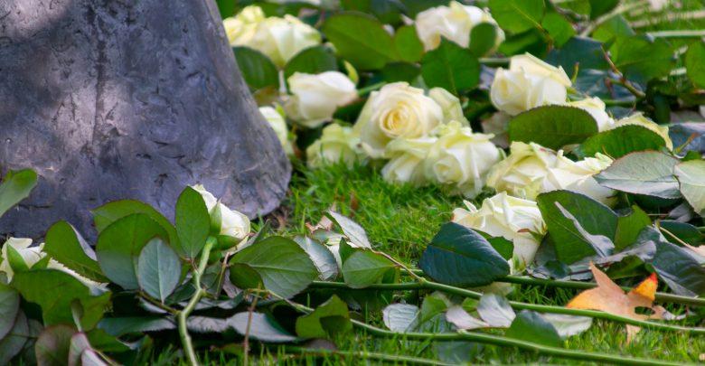 Photo of Herdenking bij oorlogsmonument Rozenboom