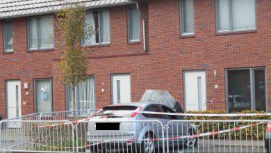 Photo of Autobrand in Stadshagen; politie doet onderzoek