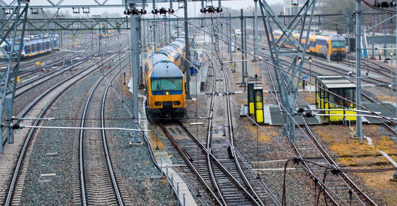 Photo of Dit weekend geen treinen op meerdere trajecten van, naar of via Zwolle