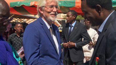 Photo of Ridderorde van Burkina Faso voor Henk Post