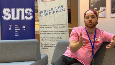 Photo of Zwollenaar Leon Moorman wint publieksprijs Internationaal Songfestival voor Minderheidstalen in Italië