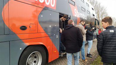 Photo of Top 2000 stembus op bezoek bij SV Zwolle