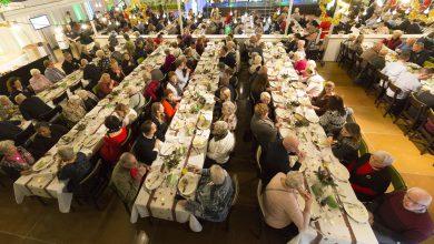 Photo of KPN Mooiste Contact Fonds organiseert kerstdiners bij eredivisieclubs voor kwetsbare groepen door het  land