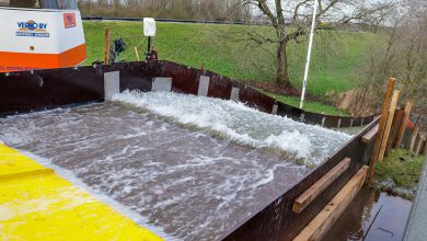 Photo of 'Wassende water' machine test sterkte van de dijk Zwolle Zuid