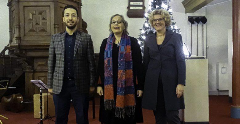 Photo of Joodse- , christelijke-  en islamitische gelovigen houden samen interreligieuze vredesviering in Zwolle