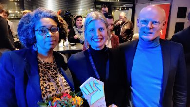 Photo of 'Single Supermom' wint Rode Vuist 2020