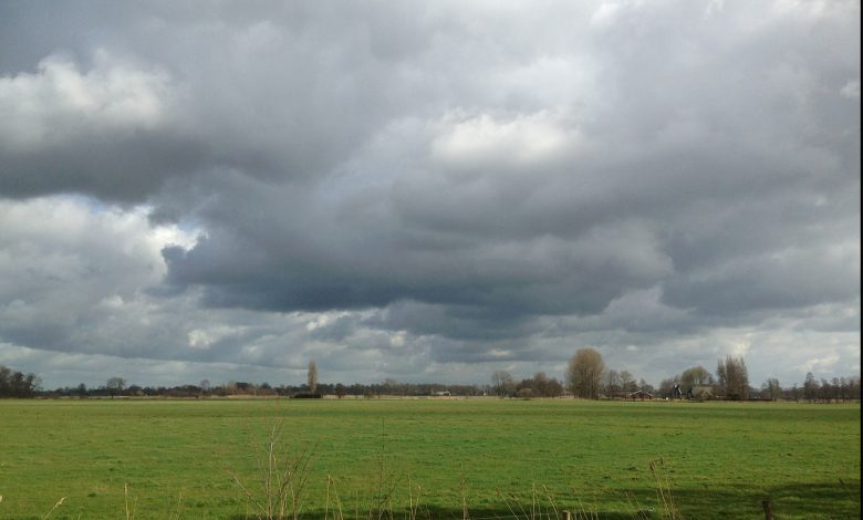 Photo of Overheersend bewolkt