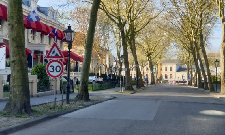 Photo of 11 meter brede voetgangersbrug en 'luxere' Stationsweg en -plein