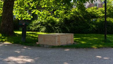Photo of Herdenkingsmonument in Park Eekhout vernield