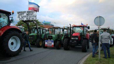 Photo of Boeren blokkeren opnieuw Albert Heijn distributiecentrum in Zwolle