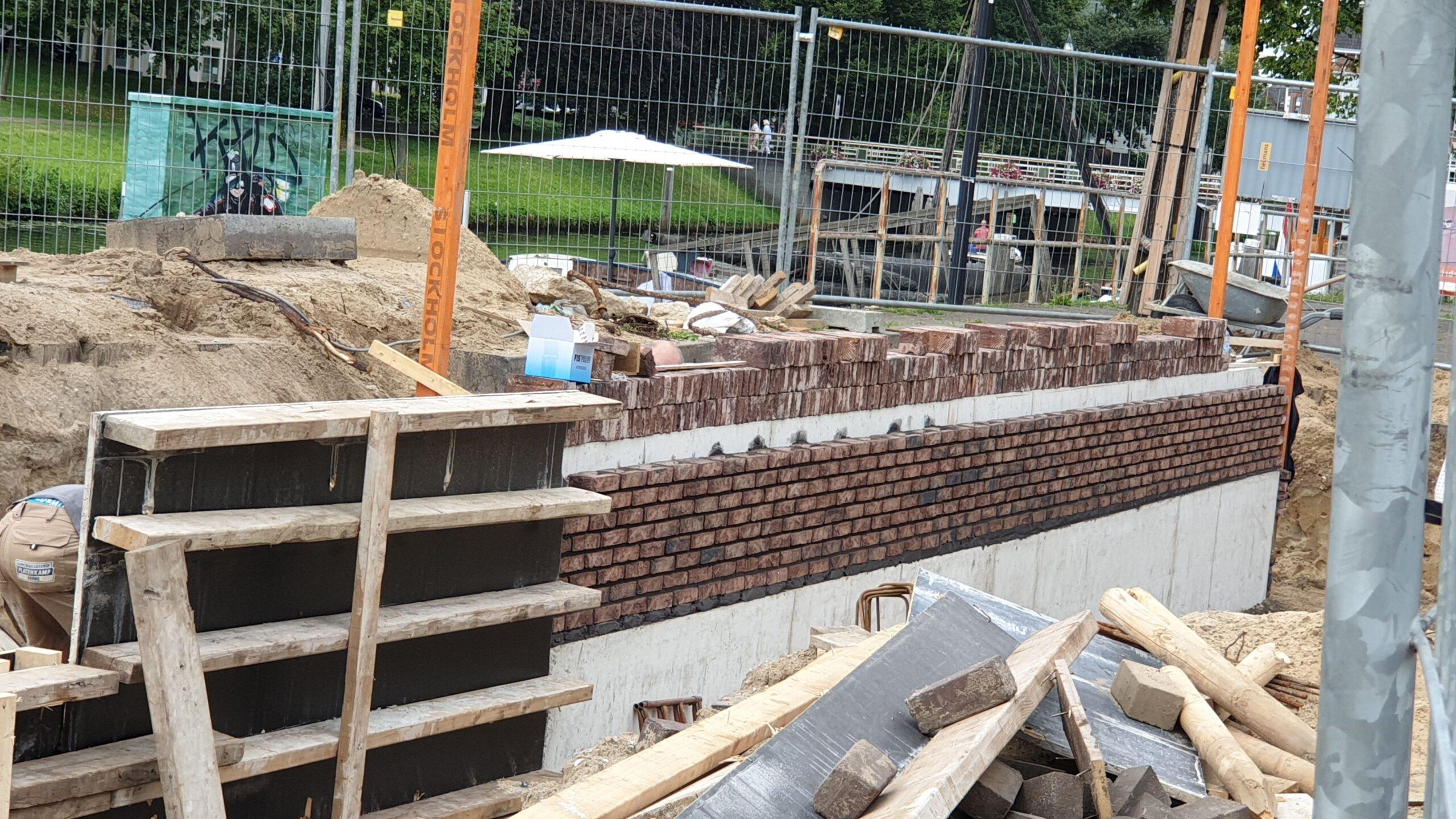 Photo of Nieuwe kademuur verrijst bij Diezerkade