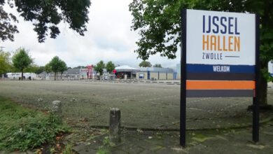 Photo of Stemmen in Zwolle: drive-in, vroegstembureaus en per brief