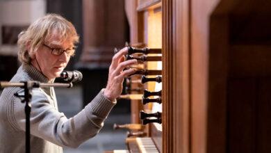 Photo of Organist Toon Hagen bespeelt het Leeuwenberg orgel