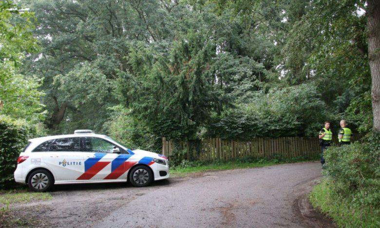 Photo of 44-jarige Zwollenaar aangehouden na vondst wapens in Schellerbos