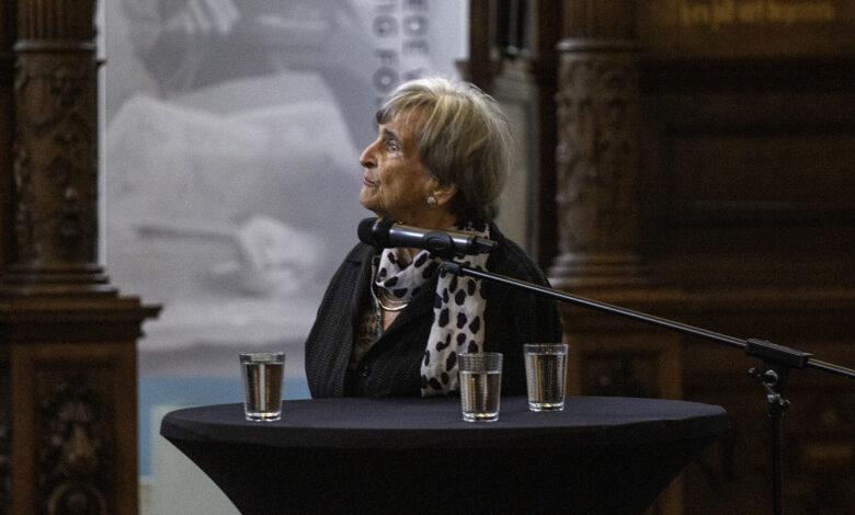 Photo of Expo WO2 in 50 Overijsselse foto's geopend in Academiehuis de Grote Kerk