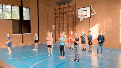 Photo of Ook CBS De Morgenster uit Westenholte sluit aan bij 'Jerusalema Challenge'