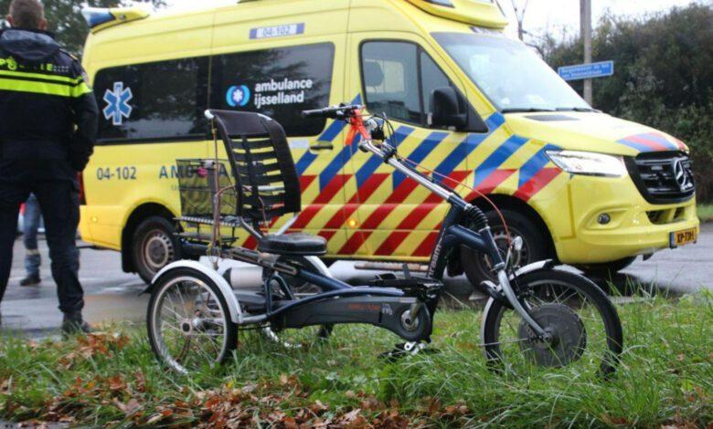 Photo of Automobilist ziet driewielfietser over het hoofd